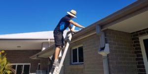 roof gutter cleaner near me